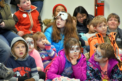 DSC_5459 audience during Owls Of the World,,,talk by marcia wilson of Eyes On Owls,,,,from MA