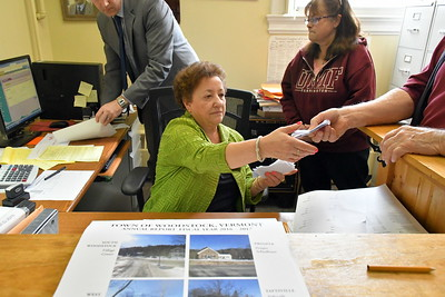 DSC_7503 mary rielly,,,counting ballots from town budget vote