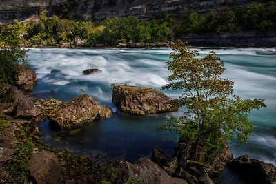 Niagara River (long exposure) v3