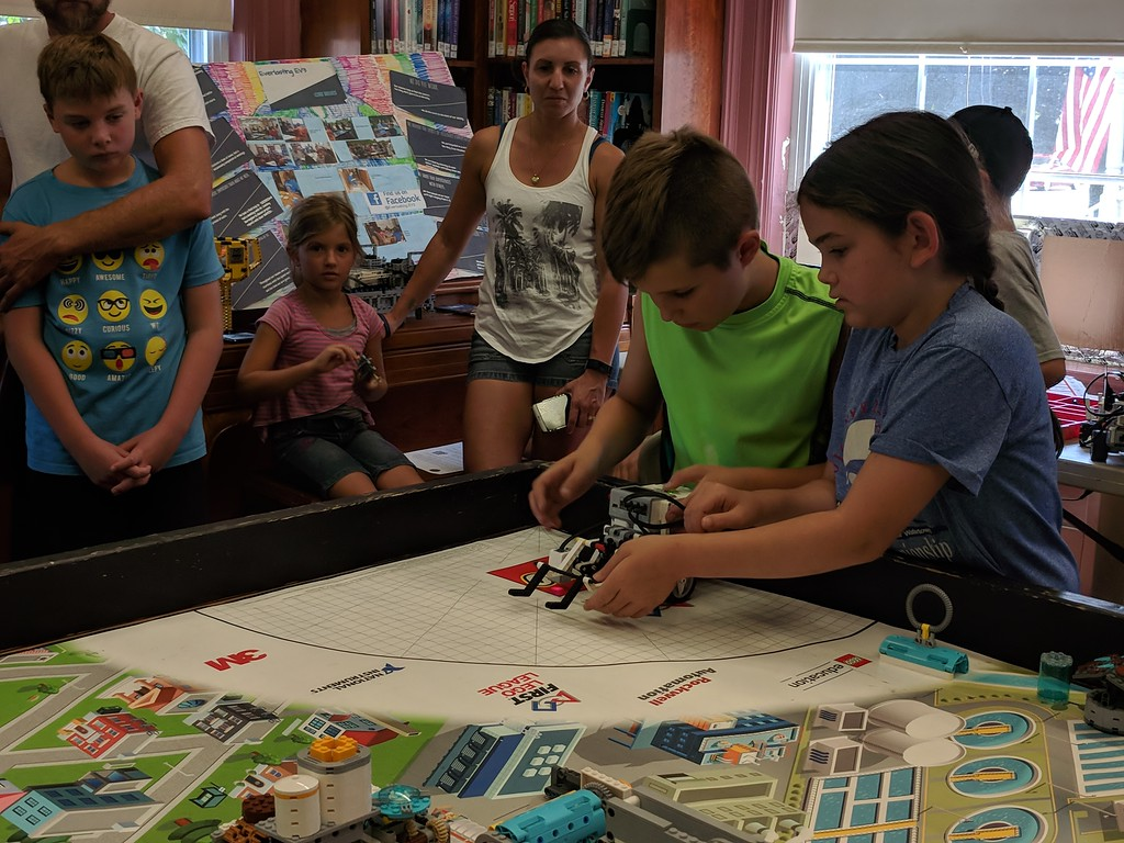 . Leah McDonald - Oneida Daily Dispatch Team Chocolate Bunny Rabbits\' Kai Jones, 10, and Irene Barris, 9, take part in the Oneida Public Library\'s Lego robotics summer camp on Friday, Aug. 24, 2018.