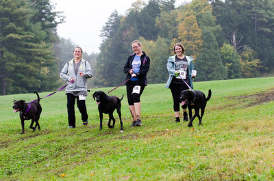 Team Dirty Paws: Michelle Pasterta with Mya, Gabrielle Currier with Nanni and Samantha Weick with Murphy. Nancy Nutile-McMenemy photograph.