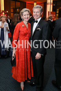 Christie and Jeff Weiss. Photo by Tony Powell. 2018 Choral Arts Gala. Kennedy Center. December 17, 2018