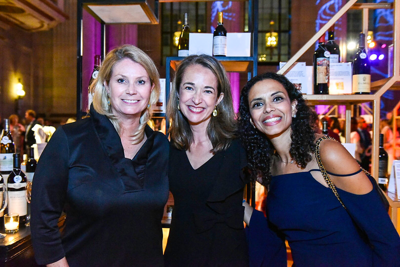 Tricia Lyall, Catherine Avon, Noha Abdulla. Photo By Gevar Bonham. A Vintage Affair. Andrew W. Mellon Auditorium. April 28, 2018.