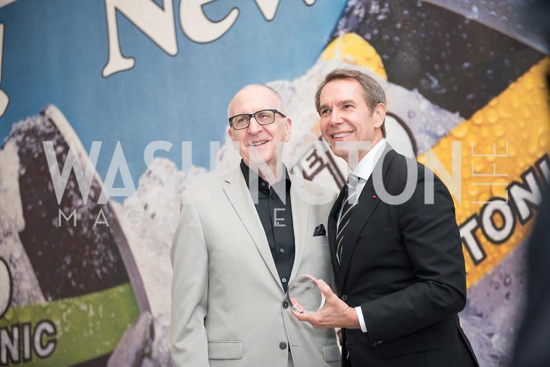 David Skorton, Jeff Koons, Hirshhorn Spring Gala, Jeff Koons and Jennifer Rubell, May 12, 2018, photo by Ben Droz.