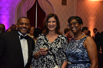 Mark Moore, Brenda Moore. September 15, 2018. Joan Hisaoka Make A Difference Gala VIP Cocktail Hour. Photo by Gevar Bonham