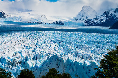 After Antarctica, we flew from Ushuaia to Calafate, which served as our base to visit the fantastic Perito Merino glacier