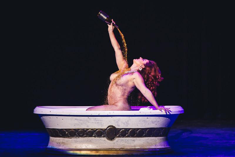 Vivi Noir - Mondo Burlesque - 9/21/2018