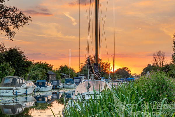 Heybridge Basin Sunset