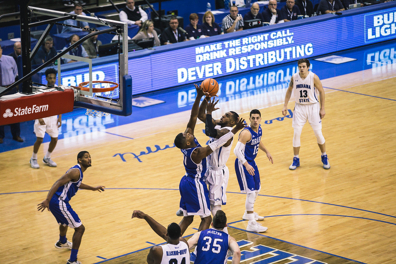 Indiana State takes Drake on Saturday, January 6, 2017 at the Hulman Center in Terre Haute, Indiana.