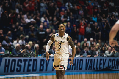 Nevada takes on Cincinnati in the 2nd round of the NCAA Tournament at Bridgestone Arena on March 18, 2108.