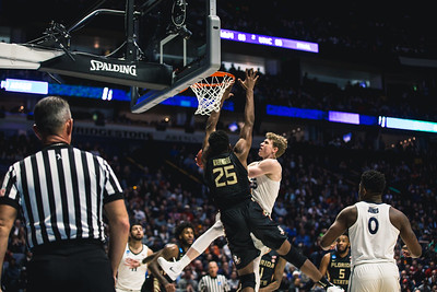 Xavier takes on Florida State in the 2nd round of the NCAA Tournament at Bridgestone Arena on March 18, 2108.