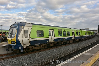 29025 + 29002 stand at Drogheda prior to departing with the 1605 to Pearse. Sat17.02.18