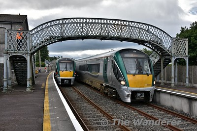 22032 arrives into Farranfore with the 1215 Cork - Tralee. Due to the Kerry - Galway GAA Football match in Croke Park there was altered set workings on the Tralee line as a result. 22039 had earlier worked the 0830 Heuston - Tralee before returning to Heuston on the 1345 service, normally this would be the 1750 set. 22032 had worked the 0710 Tralee - Cork, 1010 Cork - Mallow, 1045 Mallow - Cork and now the 1215 Cork - Tralee. It would later work the 1750 service to Heuston. Normally this set would be onhamd in Tralee for the 1345 service. Sun 15.07.18