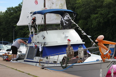 Charles Pritchard - Oneida Daily Dispatch Pirates invade Sylvan Beach for Pirates Weekend on Saturday, July 21, 2018.