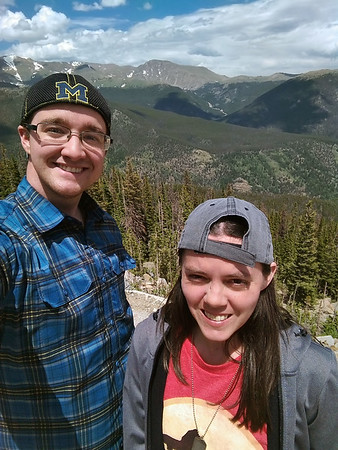 2018 RESESS Interns Beth Schaeffer (right) and Jordan Wachholtz during the Rocky Mountain National Park field trip. June 15, 2018 (Photo: Jordan Wachholtz).