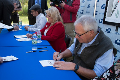 shumskis07-Charlie_Rattigan_Sharon_Owens_and_Jason_Hill_autographing_stamp_programs