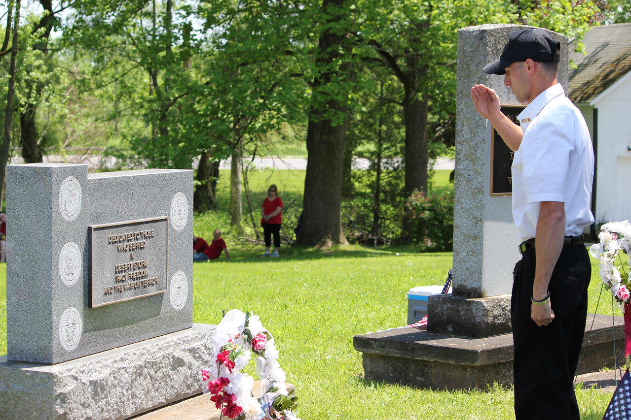 Charles Pritchard - Oneida Daily Dispatch Matthew Stamp, National Guard Sgt. and member of the Verona VFW Post 6811, presents the wreath to those who served in Desert Storm, Operation Iraqi Freedom and The War on Terror on Monday, May 28, 2018.