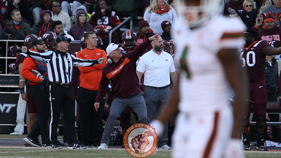 Virginia Tech head coach Justin Fuente screams at a referee after a no-call is shown on replay. (Mark Umansky/TheKeyPlay.com)