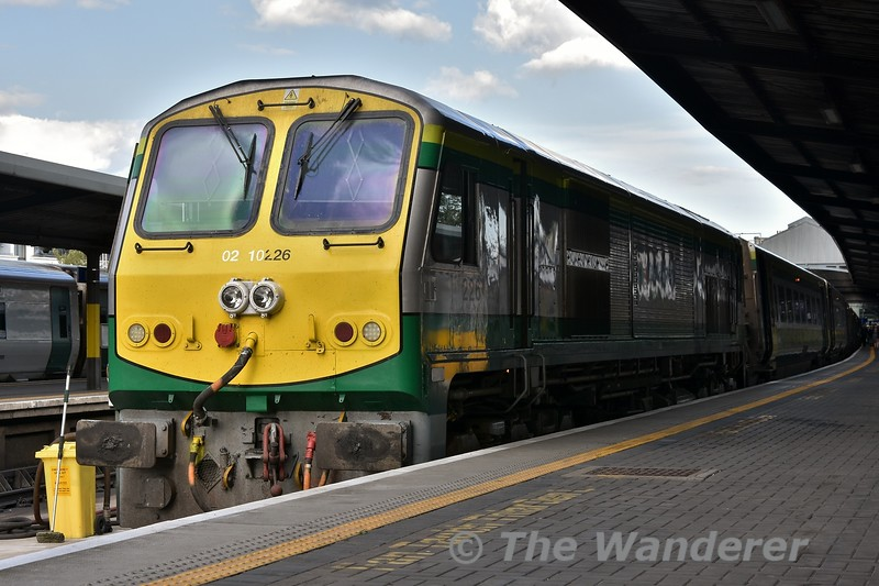 27 minutes after photographing the IWT Liner at Drumcondra, I find myself at Heuston to board the 1800 to Cork with 226 in charge. Tues 24.07.18