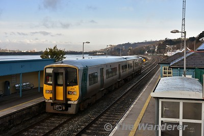 2617 + 2614 depart from Glounthaune with the 0830 Cobh - Cork. Tues 13.03.18