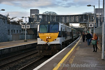 231 arrives into Thurles with the 1600 Heuston - Cork. Mon 12.03.18