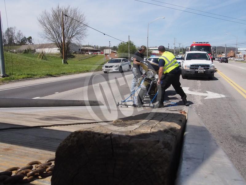 04-13-2018_West Main Motorcycle Crash_OCN_LNJ_008