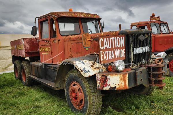 ODW 937 Wynns Diamond T ballast tractor (1958)