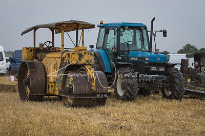 1113 HL road roller and Ford 7840