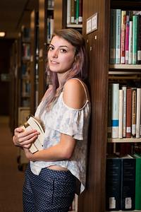 2018 Summer Scholar Hannah Roberts