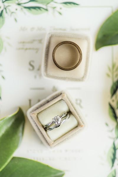 1-javi-sarah-stone-tower-winery-leesburg-virginia-wedding-photographer-4