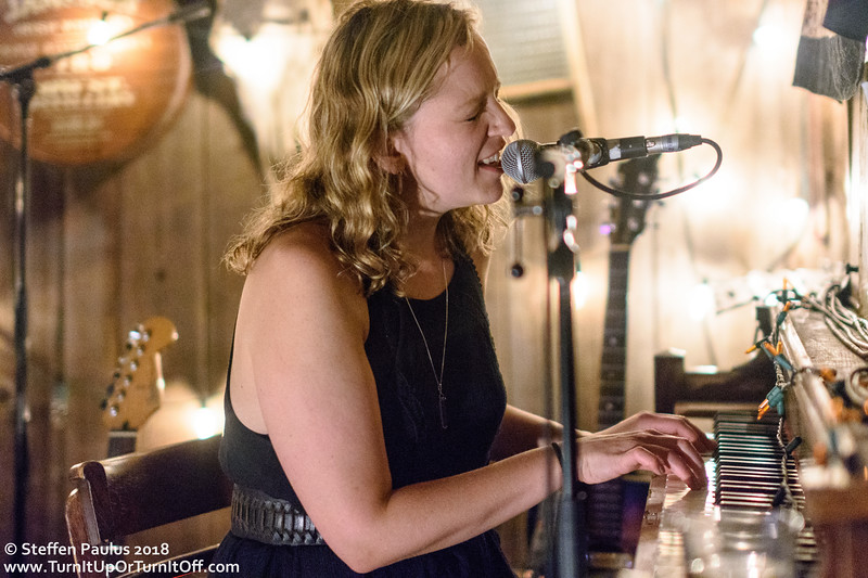 Sarah Burton Band @ Dakota Tavern, Toronto, ON, 3-May 2018