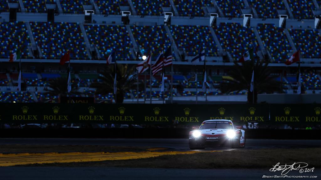 Rolex 24 at Daytona - IMSA WeatherTech SportsCar Championship - Daytona International Speedway - 912 Porsche GT Team, Porsche 911 RSR, Laurens Vanthoor, Gianmaria Bruni, Earl Bamber