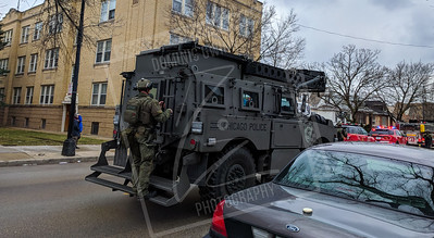 SWAT Responds to hostage situation