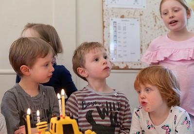 Sebastian, Orlando, Wren, Eva and Scarlett (background) with the Cake - Boy's 4th Birthday Party