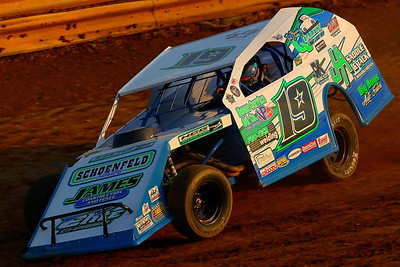 Cedar Ridge Speedway; Hope for Harlie Finale for the Summit American Modified Series