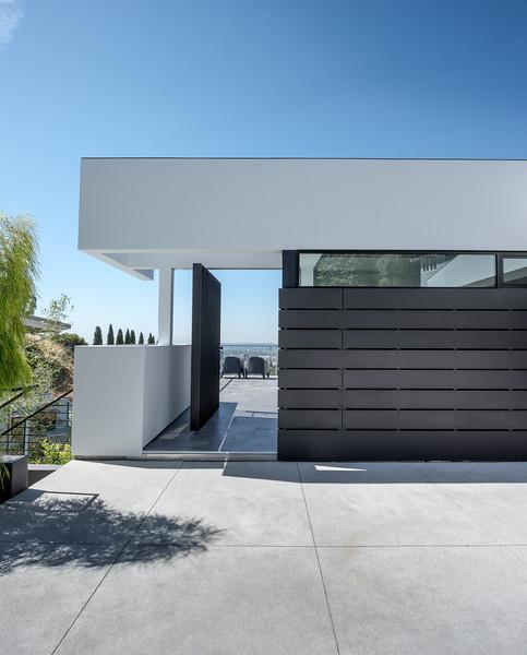 170415 Kuehl House_Richlite_CH--2-large