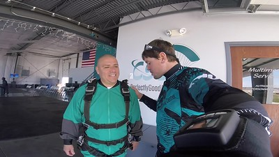 1532 Andrew Correa Skydive at Chicagoland Skydiving Center 20180420 Eric Eric