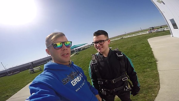 1610 Nicholas Arensdorf Skydive at Chicagoland Skydiving Center 20180428 Cody Cody