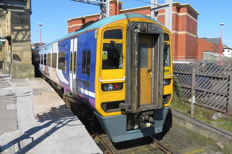 Northern Class 158 Express Sprinter no. 158906 at Carlisle, 21.04.2018.