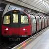 London Underground Northern Line 1995 Stock train no. 51510 leaving Angel, 26.04.2018.