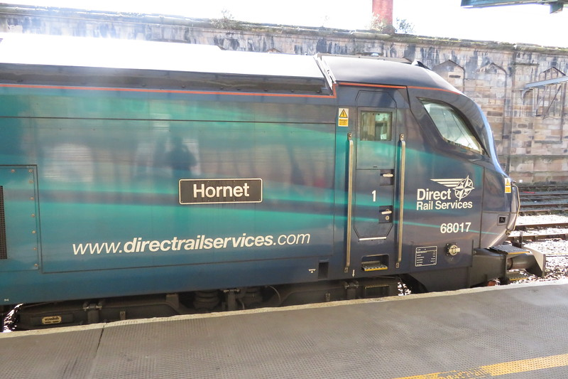 "DRS Class 68 no. 68017 ""Hornet"" at Carlisle on a Barrow service for Northern, 21.04.2018."