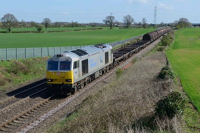 18 April 2018 :: 60066 in superb light is at Elford while leading 6E08 from Wolverhampton to Immingham