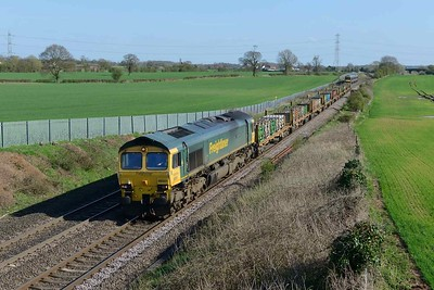 18 April 2018 :: Northbound at Elford is 66501 working 4E18 from Fairwater to Doncaster