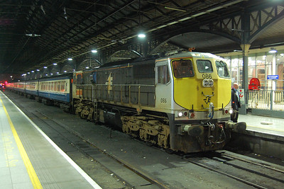 The end of what had been a thoroughly enjoyable day sees no. 086 at rest under the light's of Connolly's train shed after arriving with the H201 1930 Thurles to Dublin leg of the tour (07/04/2018)