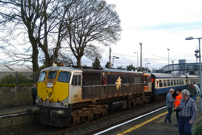 A highlight of the tour for many on board was travelling over the connecting line at Ballybrophy which links the Nenagh branch with the Cork main line. With the train now facing south it was forced to continue a further twenty miles to the nearest suitable run-round loop at Thurles. Having completed the manouevre, 086 is pictured here in the 'down' platform whilst waitng to follow a late-running Cork to Heuston service (07/04/2018)