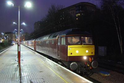 With the pouring rain adding to the atmosphere, 47772 waits to depart from Bradford Forster Square later that evening with the 5Z71 2043 empty stock move back to Carnforth (04/04/2018)