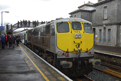 Another view of no. 074 at Clonmel with the H400 1215 Waterford - Limerick leg of the RPSI's 'Baranch Line Railtour' (07/04/2018)