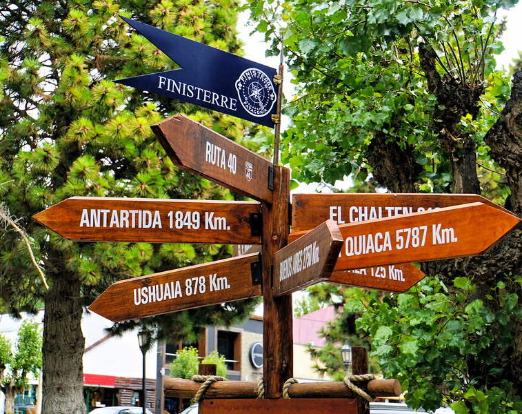 Signpost in El Calafate
