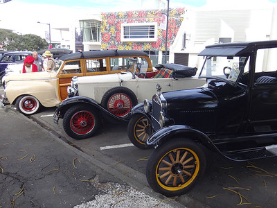 Vintage cars were everywhere - 380 of them!