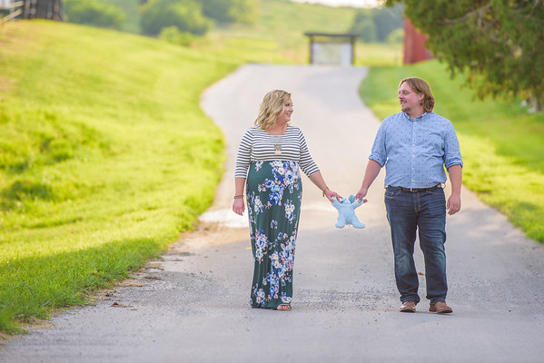 Ashley and Guy Maternity-23